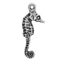 Tierracast Pendant 24mm Seahorse Antique Silver